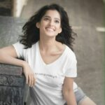 priya-bapat-latest-photos-bio-wallpapers-5