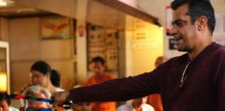 Swanand Kirkire To Act In Marathi Film 'Chumbak'