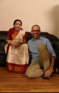 Aasha Bhosale Sings Aaichi Aarti - Hirkani